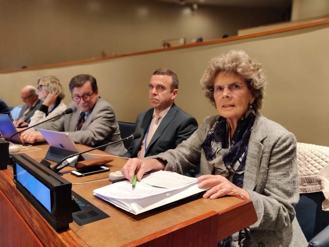 Auf dem Foto sieht man Dr. Heidrun Mollenkopf, Mitglied des BAGSO-Vorstands während der 10. Sitzung der Offenen Arbeitsgruppe zu Fragen des Alterns der Vereinten Nationen in New York.